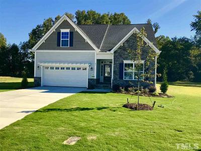 Fuquay Varina Single Family Home For Sale: 62 Southern Acres Drive