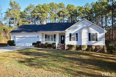 Sanford Single Family Home For Sale: 107 Quail Hollow