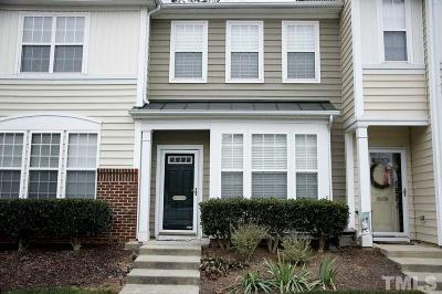 Townhouse Contingent: 5227 Moonview Court