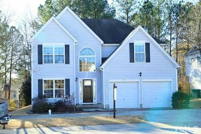 Holly Springs Single Family Home For Sale: 913 Avent Meadows Lane