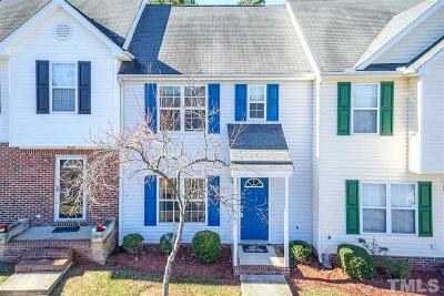Townhouse Pending: 1606 Briarmont Court