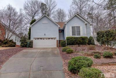 Cary Single Family Home Contingent: 125 Chimney Rise Drive