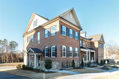 Raleigh Townhouse For Sale: 906 Wake Towne Drive #6