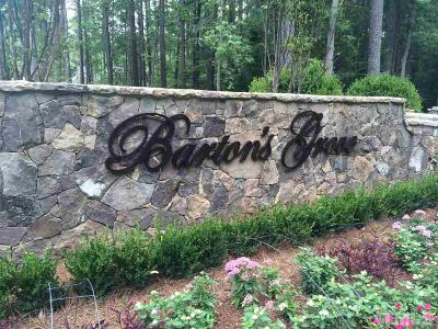 Raleigh Single Family Home Pending: 6900 Bartons Bend Way #26