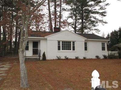 Fuquay Varina Single Family Home For Sale: 205 N Aiken Street