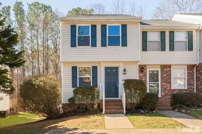 Cary Townhouse Contingent: 125 Luxon Place