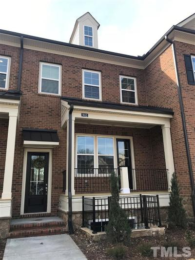 Townhouse Pending: 902 Wake Towne Drive #8