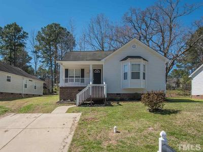Clayton NC Single Family Home For Sale: $142,500