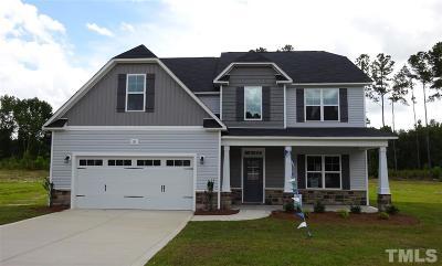 Sanford Single Family Home For Sale: 135 Longleaf Pine Way