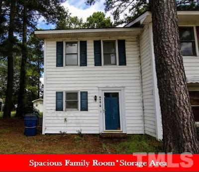 Johnston County Townhouse For Sale: 205 E Caroline Avenue #2