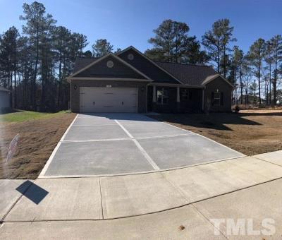 Harnett County Single Family Home Pending: 41 Woodwater Circle