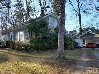 Oxford Single Family Home Pending: 322 Forest Road