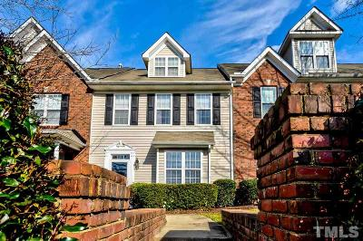 Raleigh Townhouse For Sale: 2738 Garden Knoll Lane
