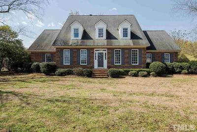 Johnston County Single Family Home For Sale: 201 W Stoneybrook Court