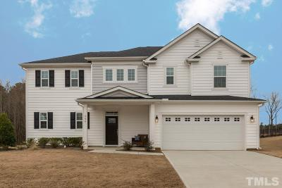 Holly Springs Single Family Home For Sale: 208 Congaree Drive