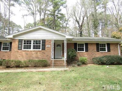 Sanford Single Family Home Contingent: 2301 Brookwood Trail