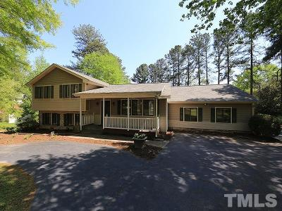 Wake County Single Family Home For Sale: 1504 Stratlen Court