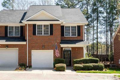 Holly Springs Townhouse Contingent: 134 Tuska Hills Drive