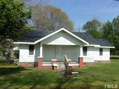Johnston County Single Family Home For Sale: 304 E Goldsboro Street