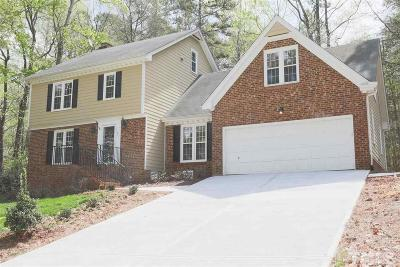 Raleigh Single Family Home For Sale: 11901 Eagle Bluff Circle