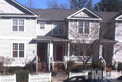 Holly Springs Townhouse Pending: 145 Summit Oaks Lane