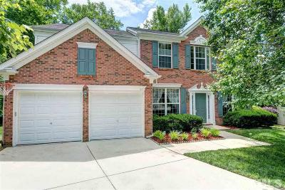 Cary Single Family Home For Sale: 618 Sherwood Forest Place