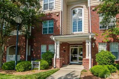 Chapel Hill Condo For Sale: 1114 Arborgate Circle #1114