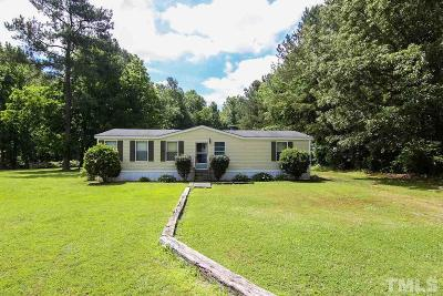 Johnston County Manufactured Home For Sale: 44 Crescent Drive