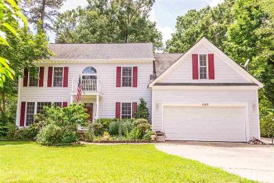 Knightdale Single Family Home For Sale: 1107 Laurens Way