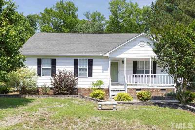 Johnston County Single Family Home For Sale: 211 Duck Pond Lane