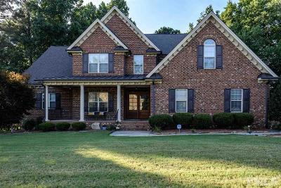 Garner Single Family Home For Sale: 58 Club Hill Drive