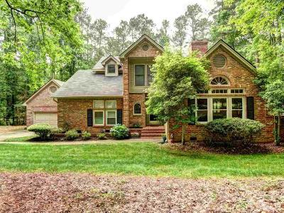 Raleigh Single Family Home Contingent: 712 Misty Isle Place