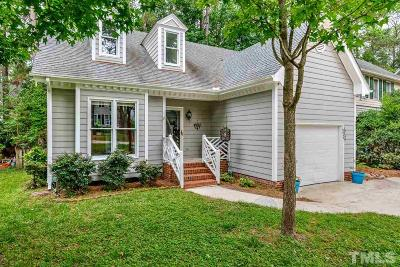 Cary Single Family Home For Sale: 104 Silver Fox Court