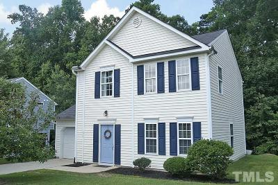 Knightdale Single Family Home Contingent: 817 Steam Boat Street