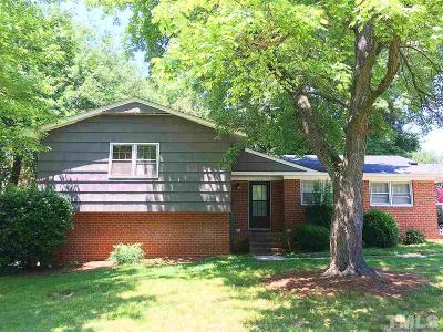 Cary Single Family Home For Sale: 216 Gordon Street