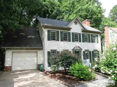 Cary Single Family Home For Sale: 104 Parkmeadow Drive