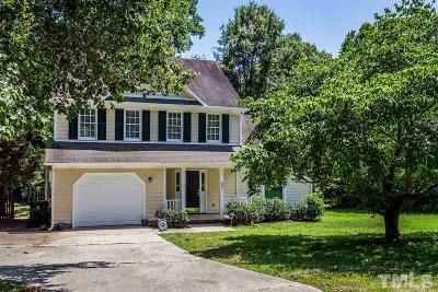 Knightdale Single Family Home Contingent: 821 Clay Hill Drive