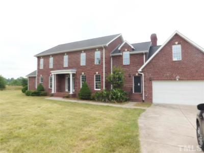 Chatham County Single Family Home For Sale: 104 Greenbriar Farm Trail