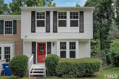 Raleigh, Cary Townhouse For Sale: 1110 Villa Green Court