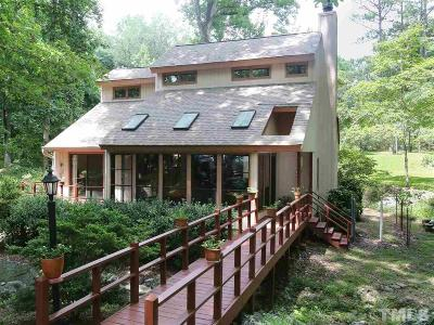 Chapel Hill Single Family Home Contingent: 521 Robin Road