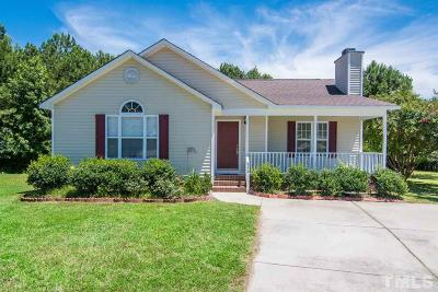 Fuquay Varina Single Family Home For Sale: 436 Barn View Court