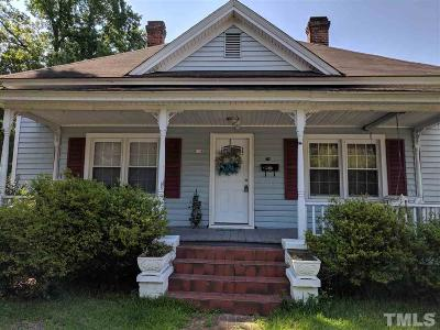 Sanford Single Family Home For Sale: 118 E Weatherspoon Street