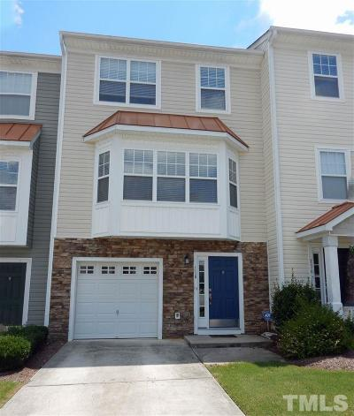 Apex Townhouse Pending: 118 Darley Dale Loop