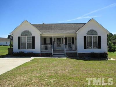 Fuquay Varina Single Family Home Contingent: 5824 Running Water Court