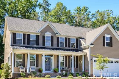 Chapel Hill Single Family Home For Sale: 137 Dover Grant Court