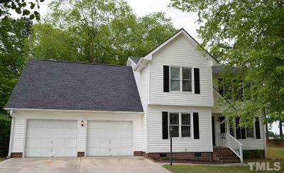 Single Family Home For Sale: 207 Windsor Drive