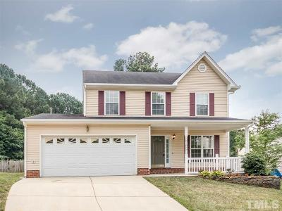 Holly Springs Single Family Home For Sale: 104 Arbor Wynds Court