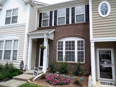 Townhouse Contingent: 5314 Crescentview Parkway