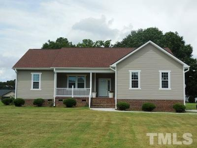 Sampson County Single Family Home For Sale: 145 Courtney Lane