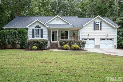 Louisburg Single Family Home For Sale: 105 Pine Cove